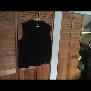 REI Men's black vest